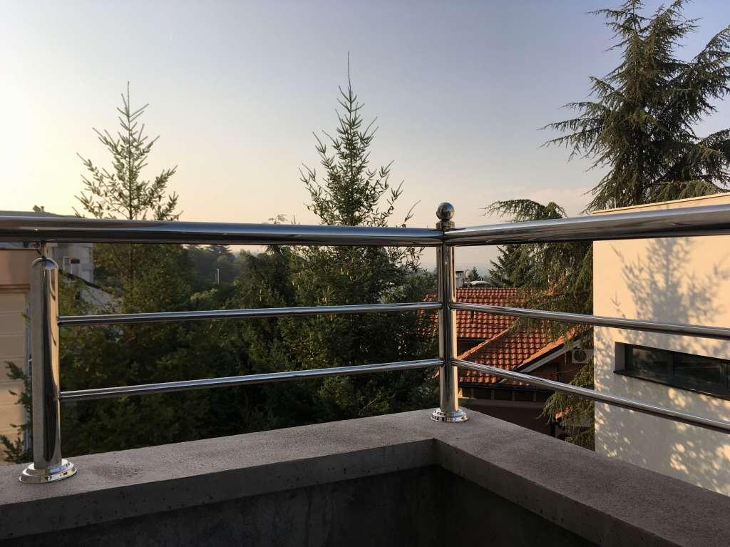 Dedinje - NOV,  CETVOROSTRAN, cetvorosoban, stan SAM na PRVOM spratu, 119m2 - izuzetno mirna lokacija !
