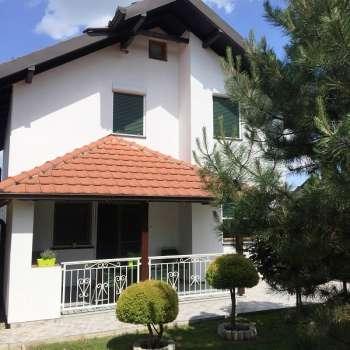 Kuća-Vila u Petrovaradinu