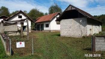 Kuca sa zemljom 8.2ha (House with land 8.2ha), Karlovac, Vojnic , Miholjsko