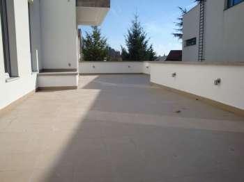 Dedinje - NOV, ZASEBAN stambeno-poslovni objekat, 3 stana, 4 garaze, 10 parking mesta